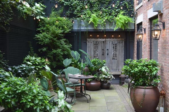 greenwich village backyard garden nyc jeffrey erb landscape design